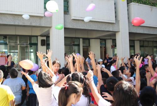 106學年新生入學